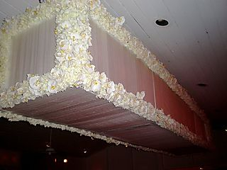 Jen wedding ceiling decor